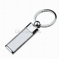 Slim metal keychain