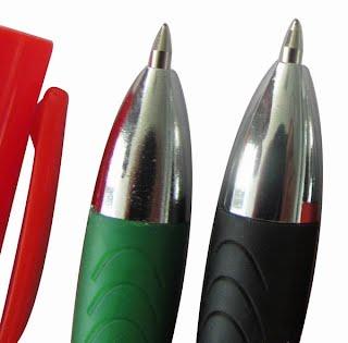 Closer look at poster pens