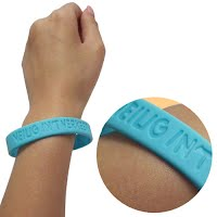 Debossed silicone wristband 3